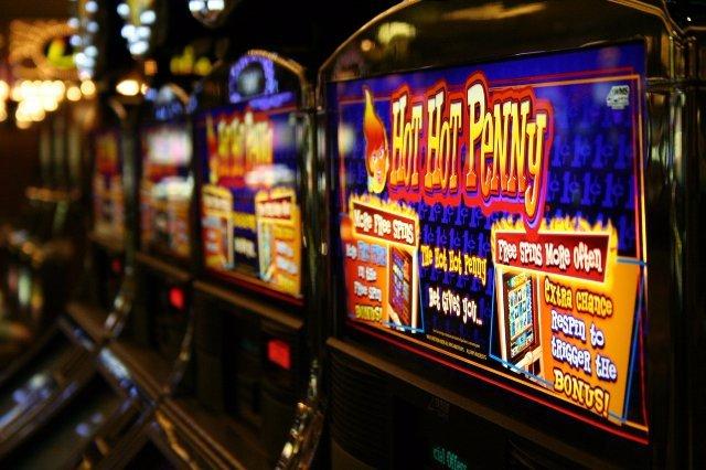 Как получать деньги с помощью казино?