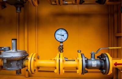 Облгазы Фирташа начали отключать дома украинцев от газоснабжения