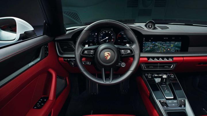 Porsche представил новые кабриолеты