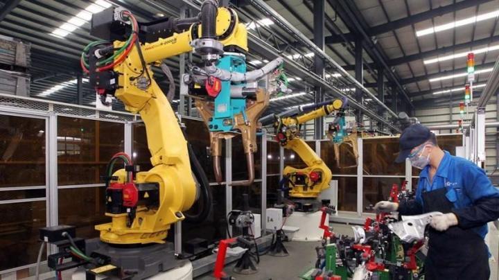 Xiaomi создает завод, на котором будут работать только роботы (фото)