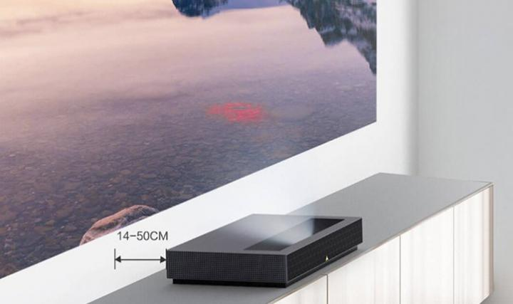 Xiaomi представила лазерный 4K-проектор и двухдиапазонный роутер (фото)