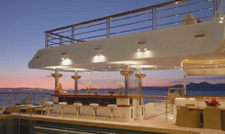 Яхта соучредителя Microsoft продается за €300 млн (фото)