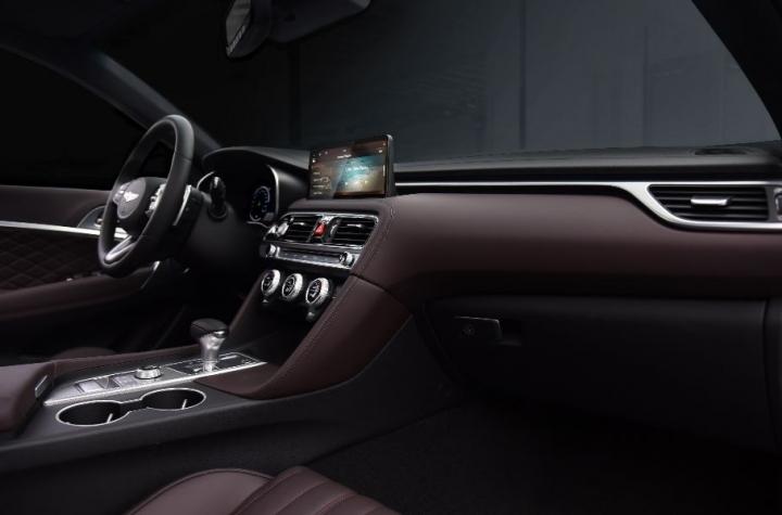 Представлен рестайлинговый Genesis G70 с новым дизайном (фото)