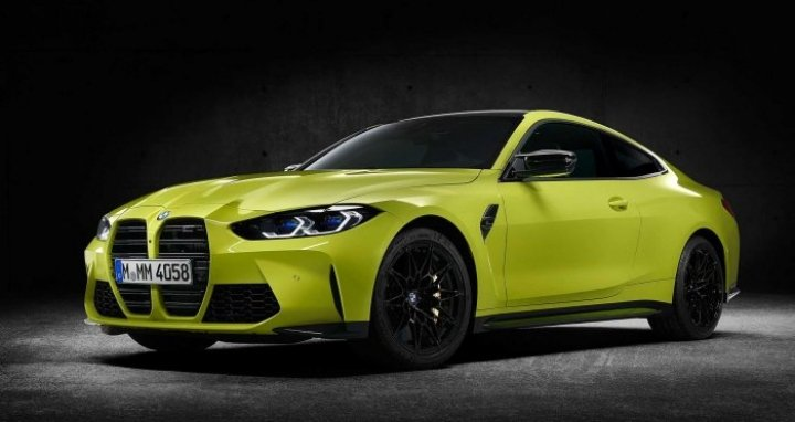 BMW официально представила M3 и M4 (фото)