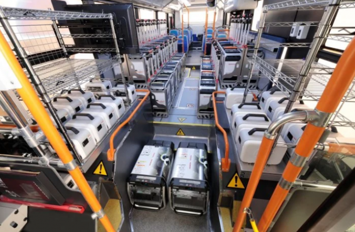 Toyota и Honda разработали автобус-электростанцию на 454 кВт/ч