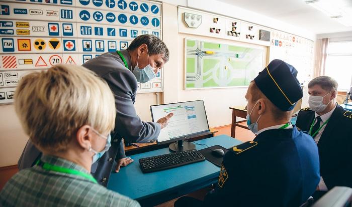 Лучший водитель троллейбуса работает в Екатеринбурге