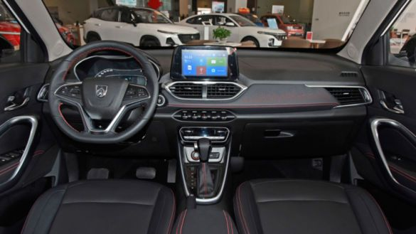 Chevrolet выводит на рынок бюджетный кроссовер (фото)