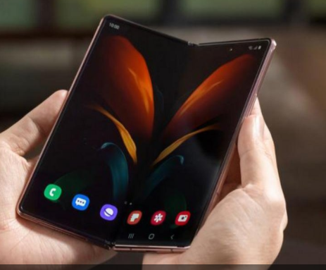 Samsung Galaxy W21 5G: компания готовит складной смартфон (фото)