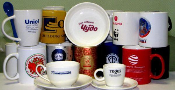 Нанесение логотипов на посуду и сувениры