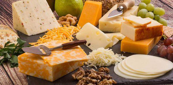 Користь твердого сиру з молока