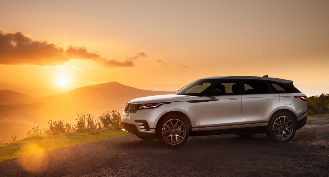 Land Rover представила обновленную версию Range Rover Velar (фото)