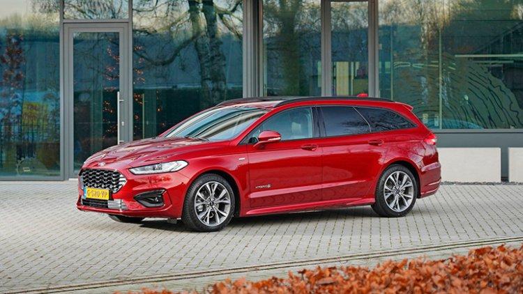 Ford Fusion возродят в виде кросс-универсала