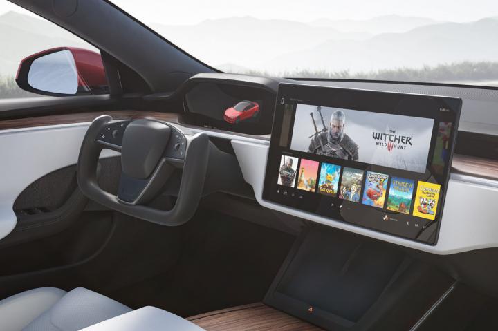 Илон Маск рассказал о повышенном спросе на обновленные Tesla Model S/X