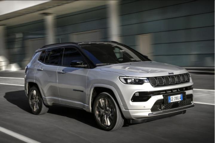 Jeep презентовала обновленный внедорожник для Европы