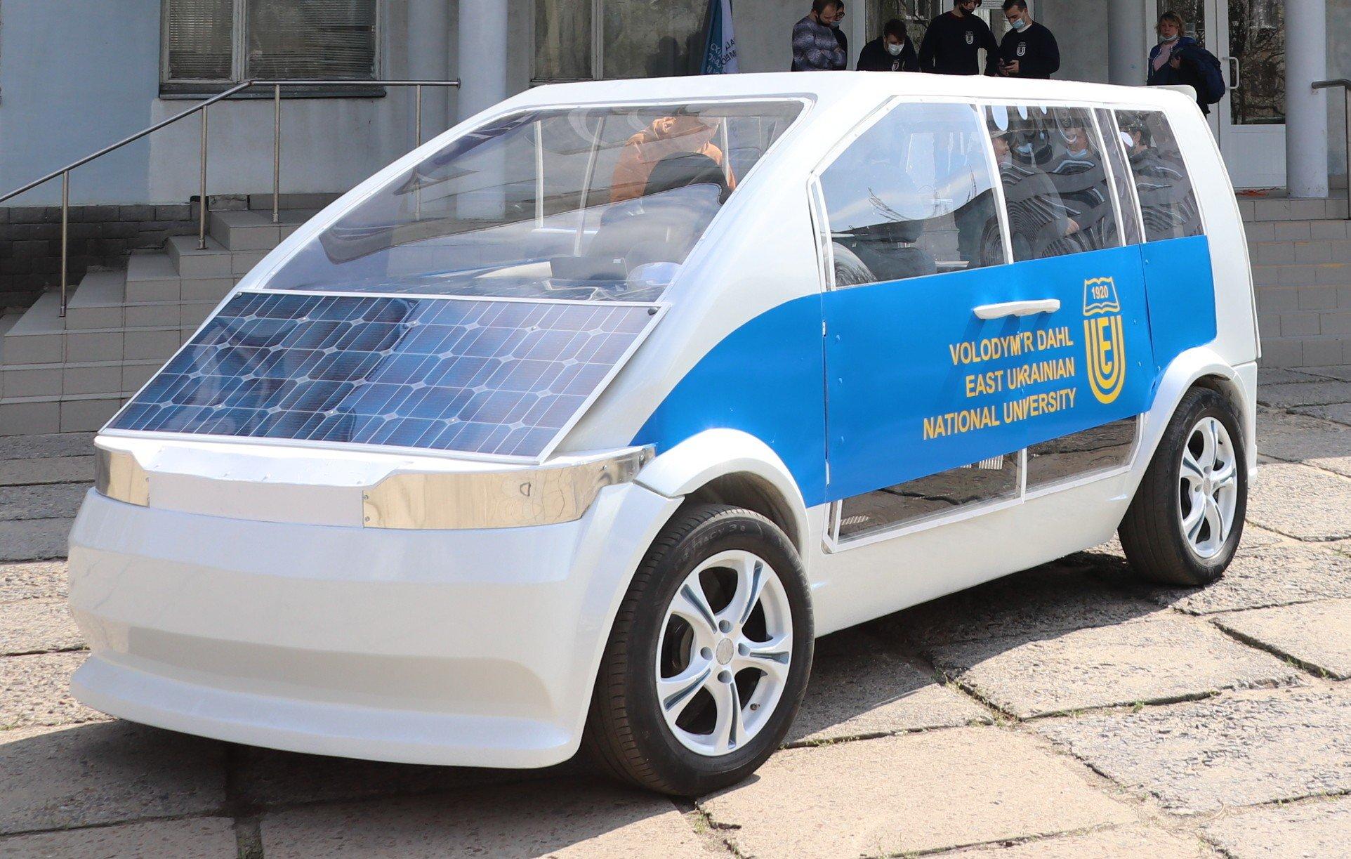 Создан электромобиль Ева с солнечными батареями: стоимость серийной версии (фото)