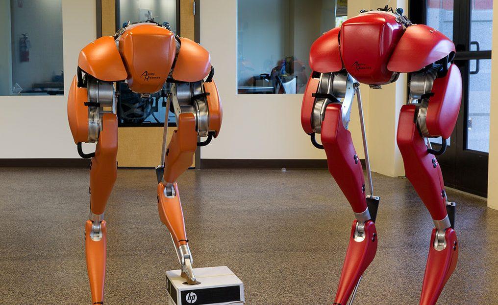Двуногий робот впервые пробежал дистанцию в 5 км (фото)