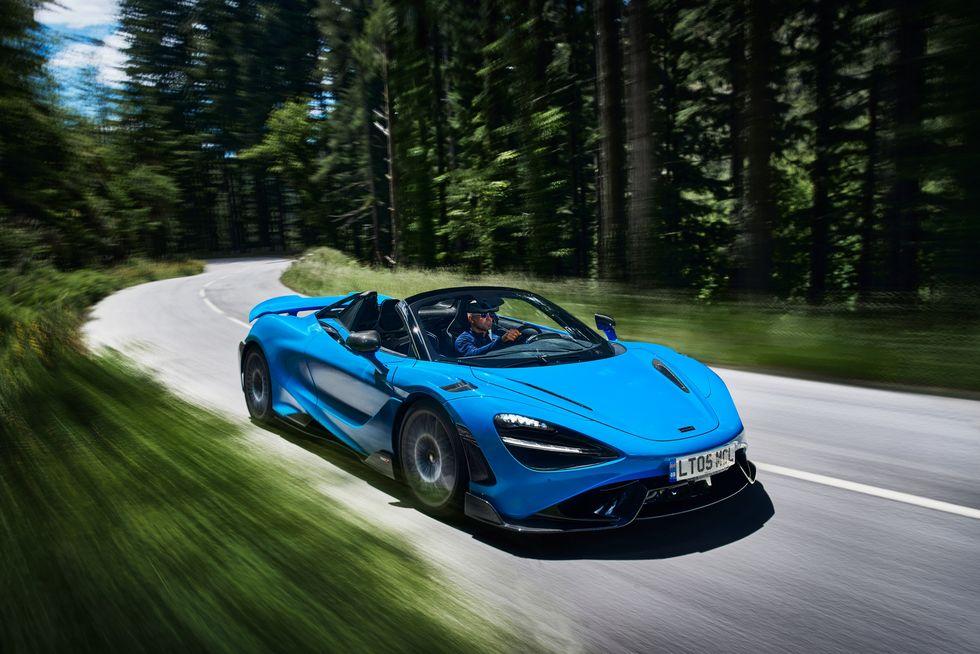 McLaren представила новый спорткар