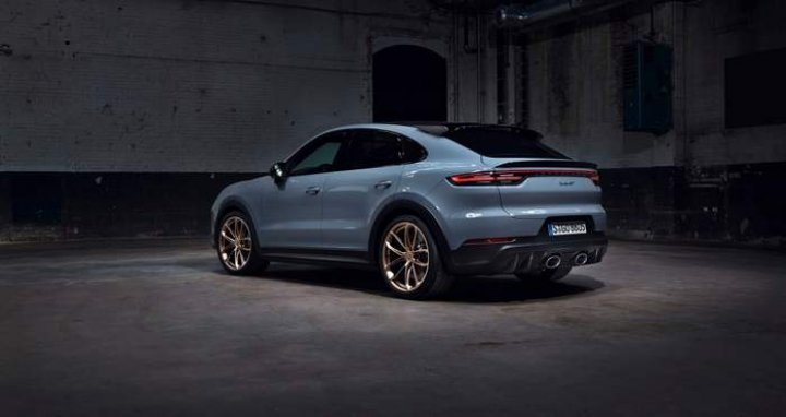 Porsche официально представила Cayenne Turbo GT (фото, видео)