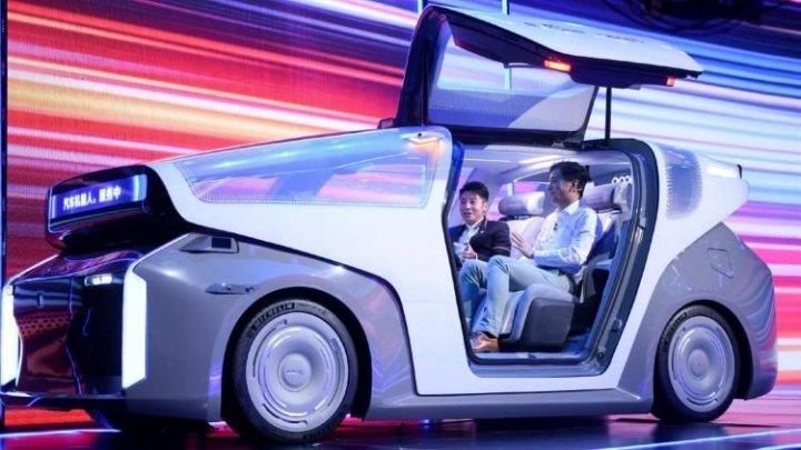 Китайская Baidu создала 7-нм чип для автопилота и показала свой первый робомобиль