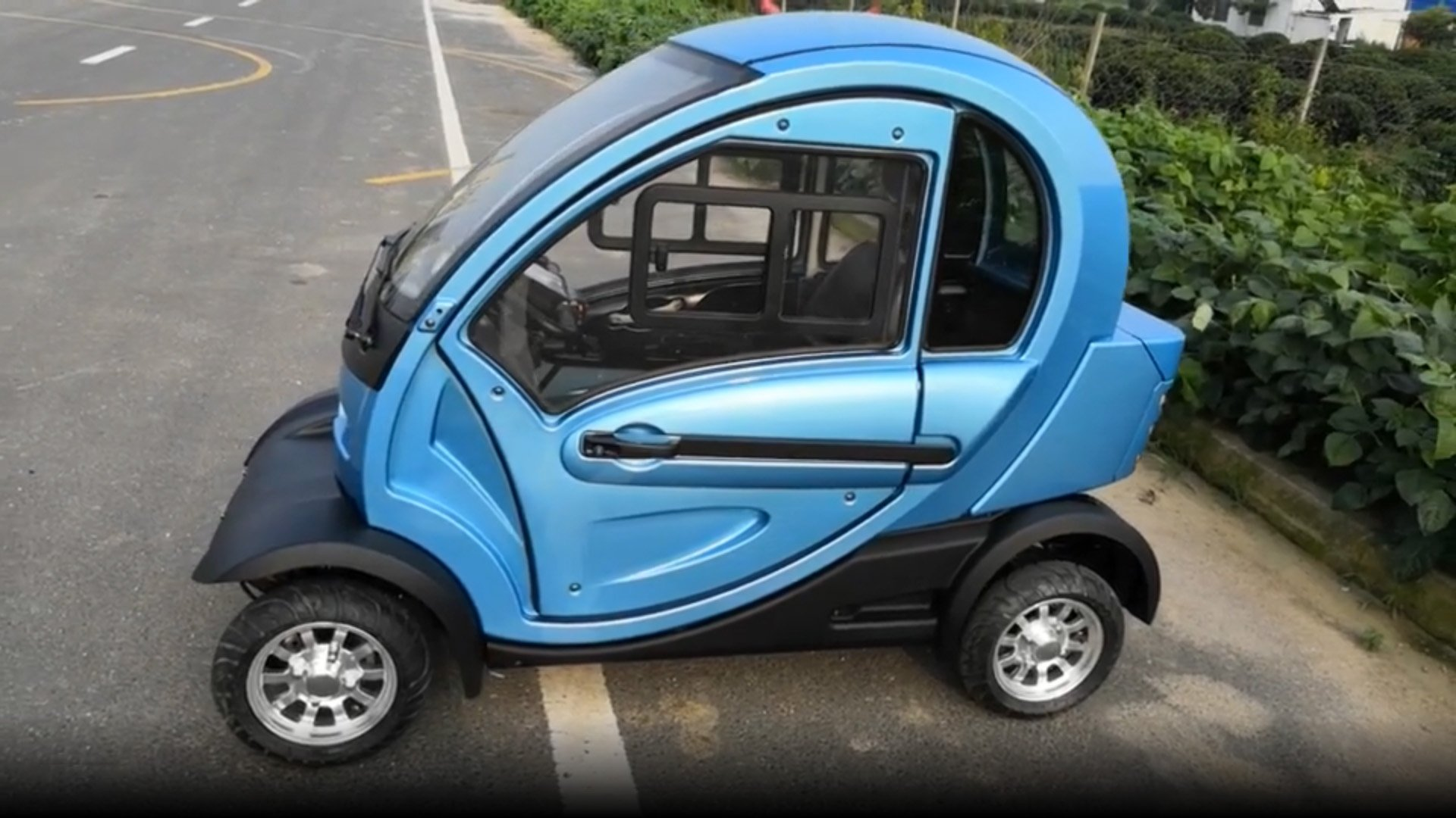 От 100 долларов: самый дешевый электромобиль в мире поступил в продажу (фото)